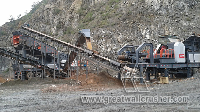 Mobile jaw crusher and cone crusher plant